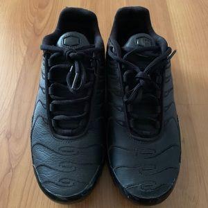 Nike TN Air Max plus triple black